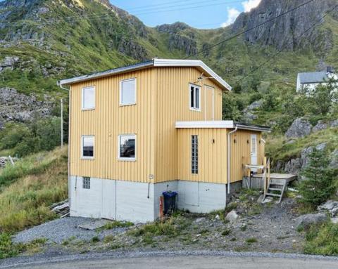 FORNØYD: Selgeren av dette huset er svært fornøyd med prisen.