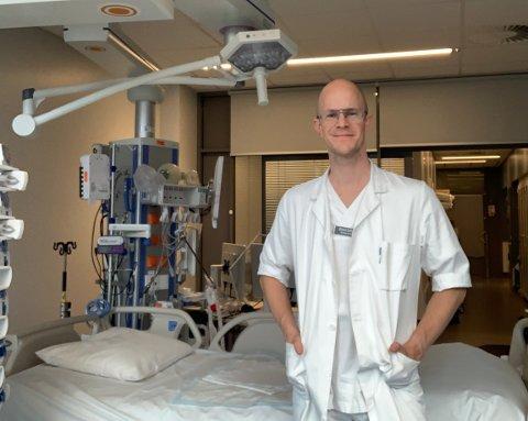 Overlege Øyvind Solhaug ved intensivavdelingen i Tromsø (Universitetssykehuset i Nord-Norge).