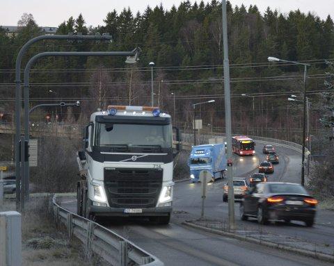 BOM: Østensjøpolitikerne vil fortsatt flytte denne bommen på Abildsø. Arkivfoto