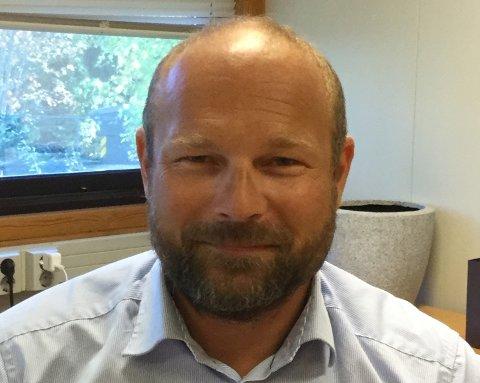 REKTOR: Rektor Trond Herbert Johansen synes det er veldig trist på vegne av Mortensrud-elevene.