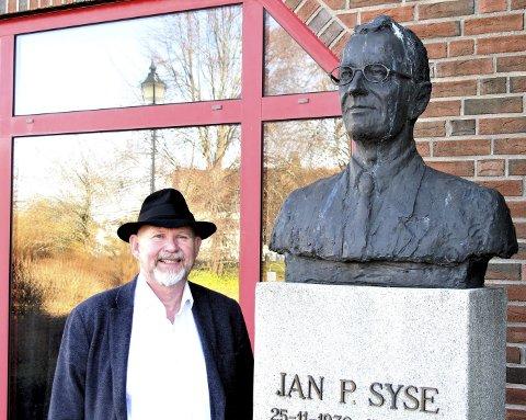 STATSMINISTER EN KORT TID: Jan P. Syse var trolig mest kjent som samferdselsminister under Willoch. Her fikk Svein Olav Hoff også lov til å være med på bildet.