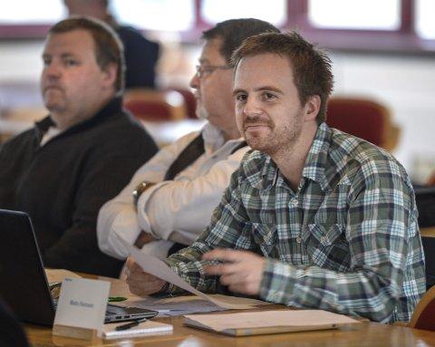 FORNØYD: Venstrepolitiker i Rana og Nordland, Mats Hansen, uttrykker at han er veldig fornøyd med utfallet av regjeringsforhandlingene. Foto: Øyvind Bratt