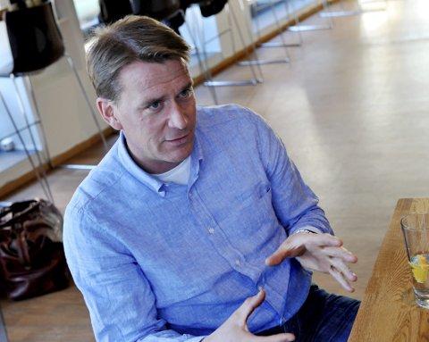 Stortingsrepresentant Kårstein Eidem Løvaas vil fjerne hele avgiften for innflygingskontroll.
