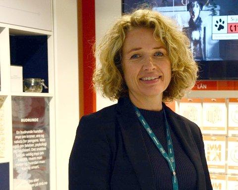 Karen Marie Sæther-Larsen er DNB-sjef i Follo og  tror det er flere grunner til at kvinner er underrepresenter på toppen av skattelistene.