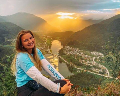 HEIME: Anna Stina Bjørlo Stafsnes, synest det beste med Førde er heimkjensla.