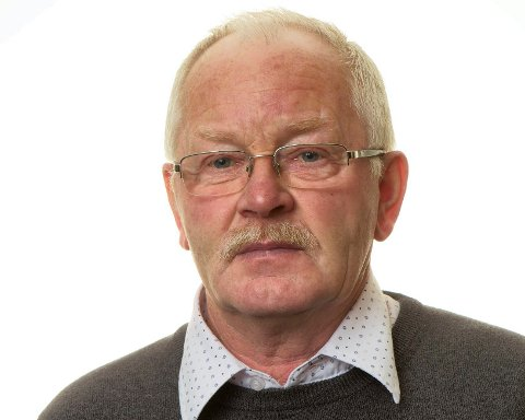 REAGERER: – Det er dumt at folk må køyre så langt for å få vaksinen, seier Johannes Juklestad, som meiner røynsla med desentralisert vaksinering av dei eldste syner at dette bør vere mogeleg for alle aldersgrupper.