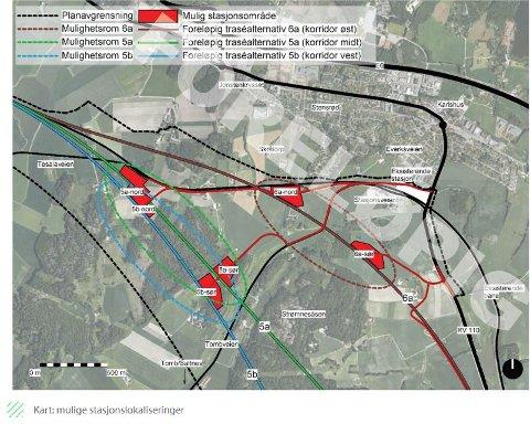 De aktuelle stasjonsalternativene: Det er de tre sørlige plasseringene: 5a sør, 5b sør og 6a sør, som Bane NOR ønsker å utrede videre. (Illustrasjon: Bane NOR)