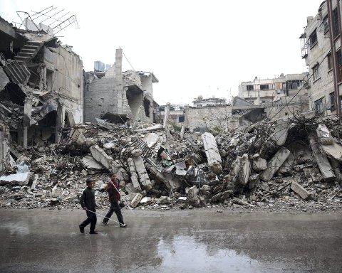 Krigsområde: Dette bildet er tatt i Douma for tre dager siden, området der Maan kommer fra.Foto: AFP