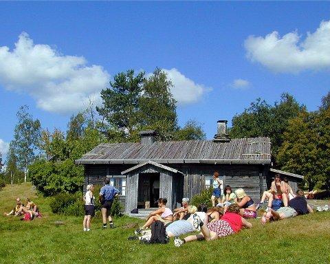 IDYLL: Ritamäki har åpnet serveringen for sommeren, daglig ra formiddag og til utpå ettermiddagen.