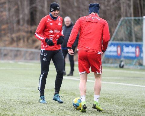 TILBAKE: Dardan Sæter-Mehmeti er endelig tilbake i trening. Kvik-kapteinen håper å rekke seriestart i juni.
