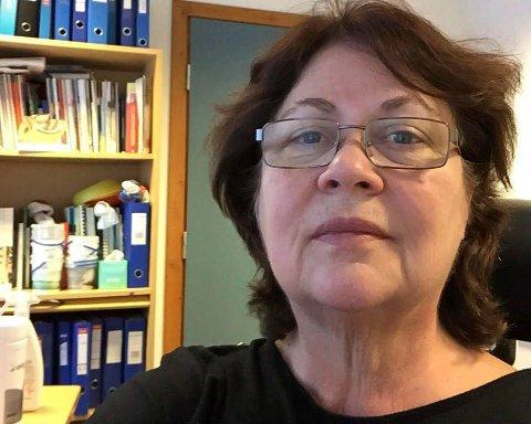 Britt Blaunfeldt Petersen er kommuneoverlege i Hattfjelldal. Nå går 18 kommuner sammen gjennom Helgeland Kommuneoverlegeforum for å bekjempe fastlegekrisen.