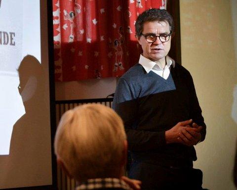Olav Madland i Applied Autonomy. Her fra da han informerte Kongsberg formannskap i 2017.
