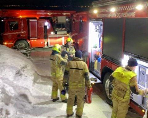 UTRYKNING: Brannvesenet rykket mannsterke ut til pipebrann i Voldenveien.