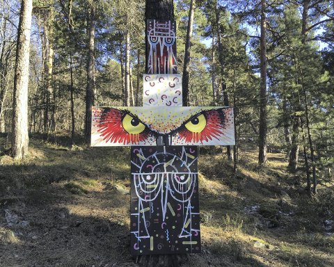 TOTEMPÆL: Denne totempælen sto plassert i et populært turområde mellom Sportsplassen og Café Utsikten. Arkivfoto: Nina Schyberg Olsen