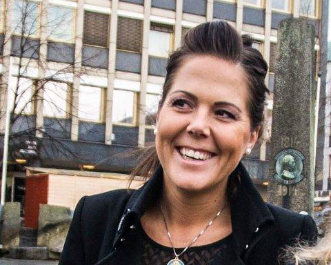 KOMMENTATOR: Lene Camilla Westgaard-Halle (H)