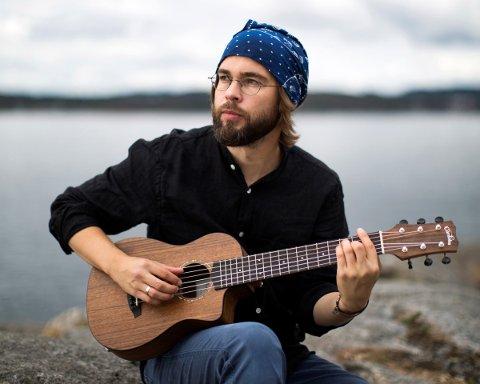 SPENNENDE: Kristian Kaupang og andre artister i Norge har fått et helt nytt sted å opptre med Facebook-gruppen DigitalScenen. Selv tror han det kan være aktuelt å ta det i bruk i forbindelse med albumslippet neste fredag.