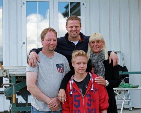 Eilert Madsen har brukt fire år på å pusse opp ekteparets hjem på Nøtterøy, men fikk nok fart i sakene da Sinnasnekker'n kom på besøk til han, kona Marianne og sønnen Robert.