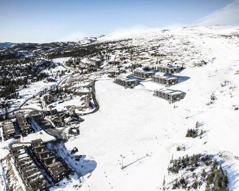 IKKE FOR FATTIGFOLK: Feltet Øvre Norefjellstua kommer så nær alpintraseen som det nesten er mulig. ILLUSTRASJON: NOREFJELL PROSJEKTUTVIKLING