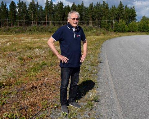 HELIKOPTER-BASE: Oddvar Røysi vil omregulere et stort område på Eggemoen til næringsformål.