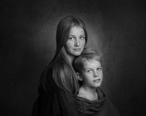 """Amy Iren Stennes fikk bronsemedalje for bildet """"Heine og Kristin""""."""