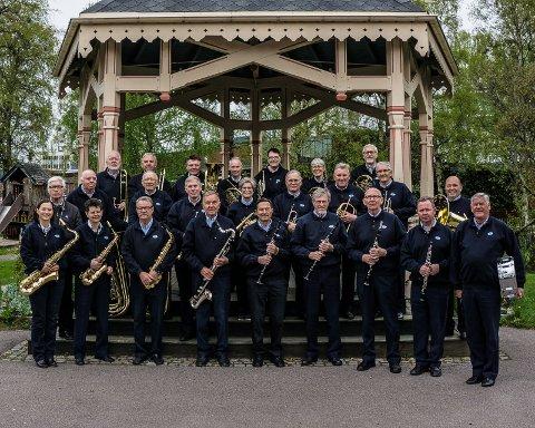 UTEKONSERT: Sandefjord Veteranensemble vil holde konsert ute på Midtåsen søndag 6.mai kl.13.00.