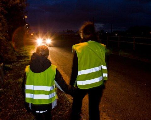 75 prosent av personskadene i september er påkjørsler, men bare fem prosent av fotgjengere som blir påkjørt og skadet bruker refleks. Foto: Pressebilde/ANB