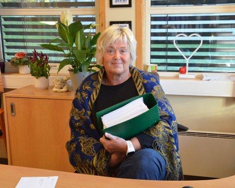 SNART HISTORIE: Skatteoppkreveren i Valdres og leder Hanne Grimsrud lukker dørene til skatteoppkrever-kontoret på Leira for aller siste gang 30. oktober 2020.