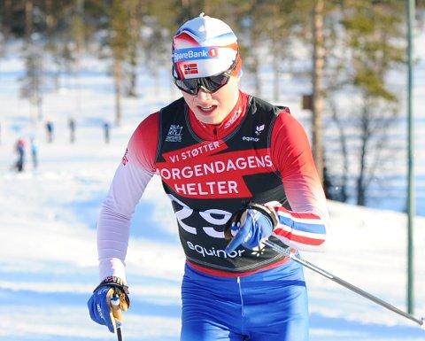 HØYT OPP: Vegard Aarstad har brutt flere barrierer i vinter. Det var stort å bli kretsmester for aller første gang for 17-åringen.