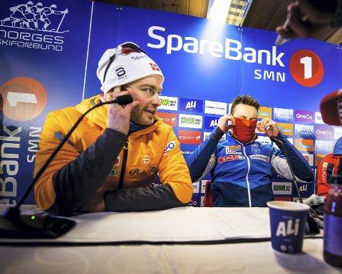 Sjur Røthe tok NM-sølv og ble tatt ut til VM denne helgen. Emil Iversen (til høyre) spurtslo Røthe på lørdagens 30 kilometer med skibytte.