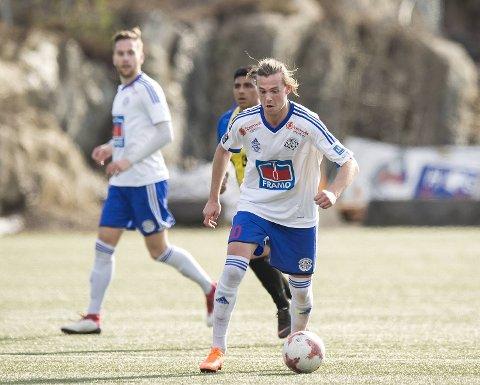 Kristoffer Østervold var i Lysekloster i fjor (bildet), men er nå tilbake for Austevoll, og scorer flittig i 5. divisjon. Det ble ett mål på spissen da Tornado Bergen ble slått tirsdag kveld.