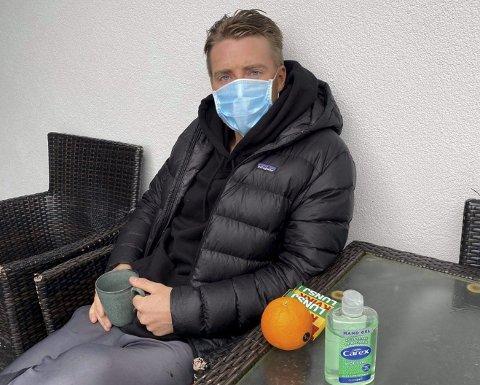 I ISOLASJON: Sondre Liseth sitter i isolasjon hjemme hos foreldrene på Hjellestad. 23-åringen er én av ni spillere i Mjøndalen som har testet positivt for covid-19.