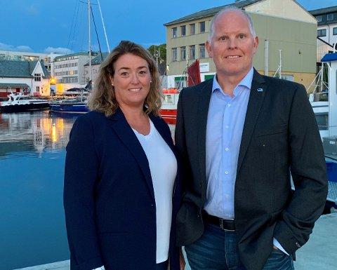 KINN HØGRE: Arlene Vågene og Morten Hagen vil finne pengar til ei oppbemanning av eldreomsorga i Flora.
