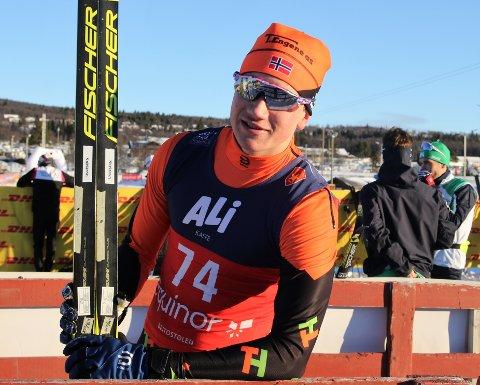 ET STYKKE BAK: Johan Unneberg ble nummer 70 under langrennssprinten på Beitostølen fredag formiddag.