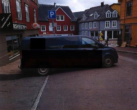 BLOKK: Det er ikke hver dag Tromsø Parkering ser en slik parkering.