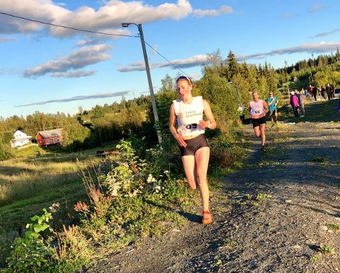 Det var sol og flotte løpsforhold i Karidalen tirsdag.