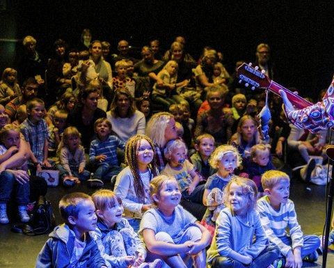 Populært: Barnebølgen er populære forestillinger for unger på dagtid.