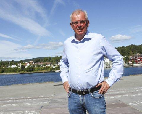 KOMMENTERER: – Det er bare å krysse fingrene og håpe det går bra, sier Wold etter ny formannskapsturbulens i Grenland.