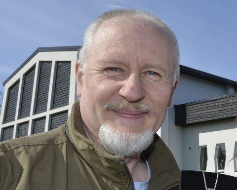 VIPPSE: I år kan du også Vippse penger til menighetsaksjonen, forteller Robert Borge.