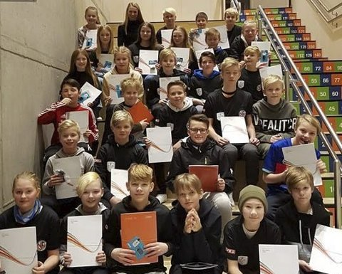 Åga IL hadde forleden klubbdommerkurs. Resultatet ble 29 nye dommere.