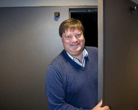GRUNN TIL Å SMILE: Daglig leder Lars Otto Ullereng er i dag en fornøyd mann. foto: kay stenshjemmet