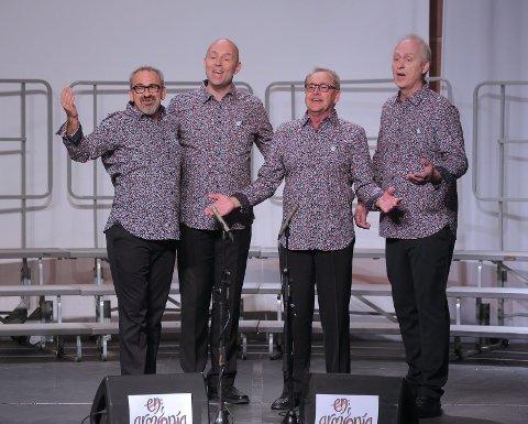 Barbershopkvartetten Late Edition består av Trond Ertzaas, Jan Fagernes, Ole Emil Holth og IngarTranum.