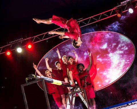 GRUNNLAGT I 1967: Flying superkids ble grunnlagt i 1967. Siden den gang har de besøkt mer enn 35 land i alle verdenshjørner.