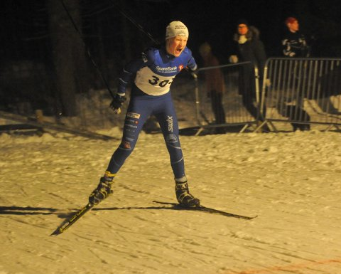 KRETSENS BESTE 13-ÅRING: Benjamin Røssum Jensen fra HIL har vært kretsens beste langrennsløper i 13-årsklassen i vinter. På bildet blir han bygdemester på hjemmebane i Hakadal.