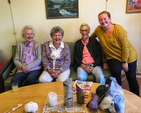 Kirsten Gullerud, Else Lisbeth Johnsen og Erna Storbråten på dagsenteret på Nesodden gleder seg over initiativet til Jane Edvardsen.