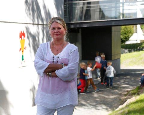BEKLAGER: Anne Lene W. Hojem, Bærums ledende skolepolitiker, synes det er trist at evnerike elever ikke er fanget opp i Bærum-skolen.