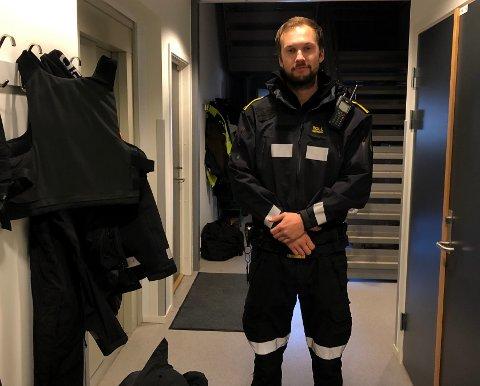 Funnet sin plass: Ole Tobias Johnsen (26) fra Bodø har funnet sin plass på stasjonen hvor han nå har jobbet de fire siste årene: - Det har vært fire gode, lærerike og spennende år, sier Johnsen.