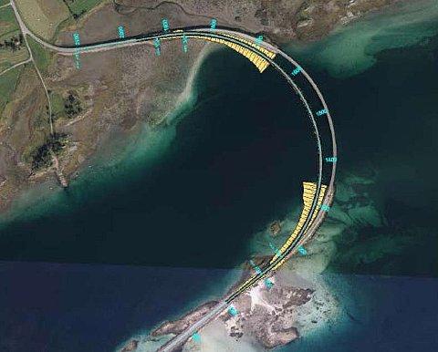 Ny bru: Den nye lavbrua skal bygges parallelt med den gamle brua mellom Ålstadøya og Engeløya.