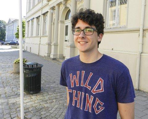VALG: Victor Bergerskogen (17) er den yngste som stiller til valg. Han blir 18 år i oktober. Miljøpartiet De Grønne er partiet hans.