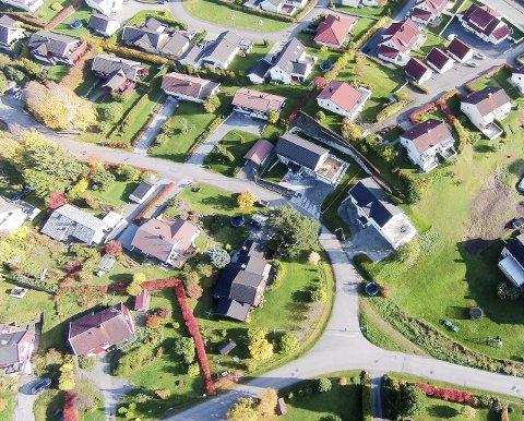 HAMAR BY: Prisnivået i Hamar har steget raskere enn i nabobyene og presset på eneboliger er betydelig større, skriver Oppland Arbeiderblad. Foto: Bård Bratlie