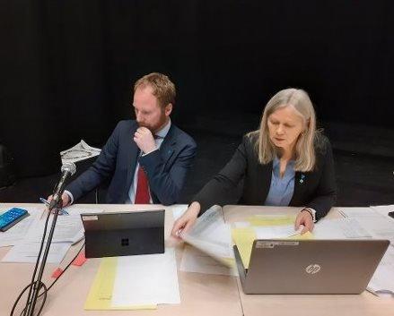 UNDERSKUDD: Ordfører Remi Solberg mener kommuneøkonomien er på rett vei tross driftsunderskudd i 2020.